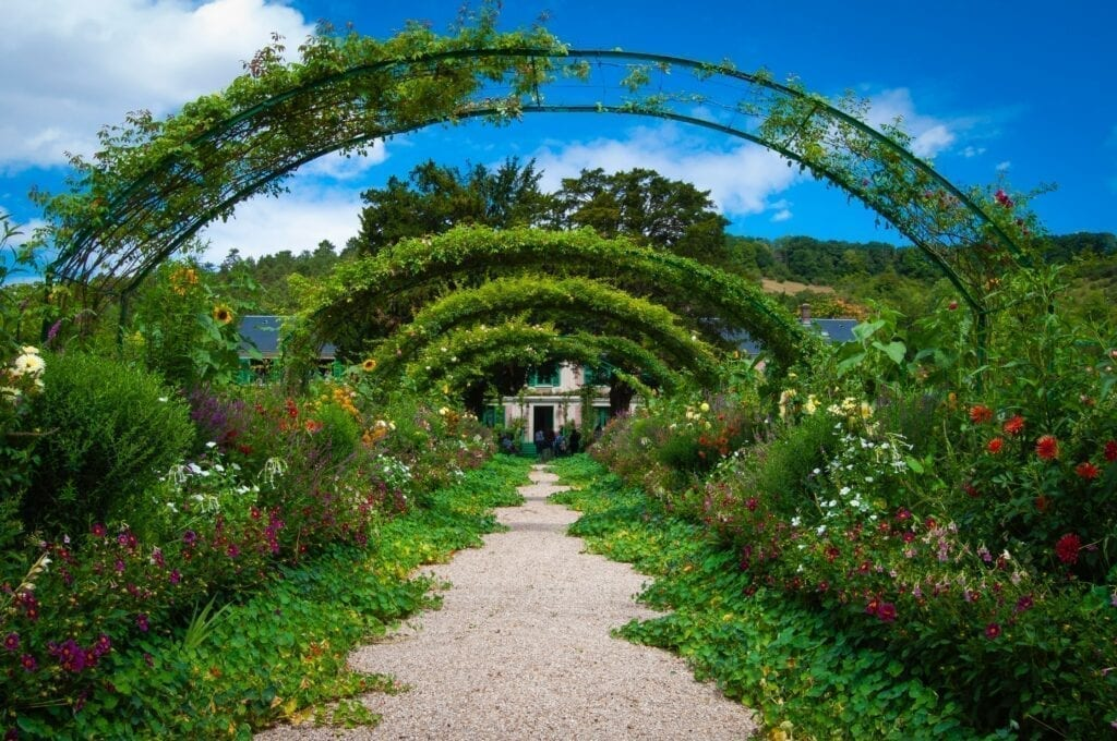 Giverny and Versailles Day Trip