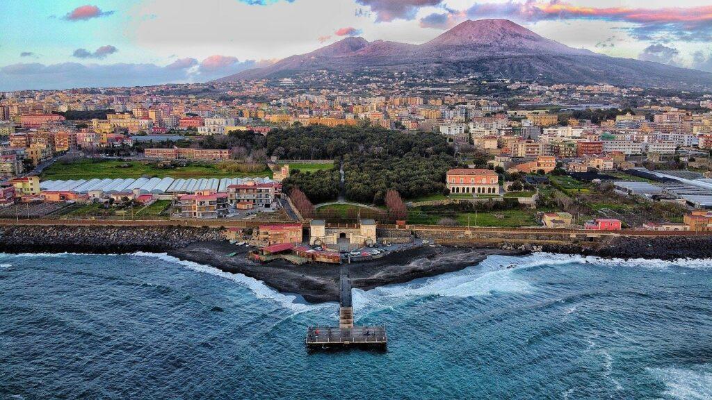 Naples Highlights Full Day Walking Tour