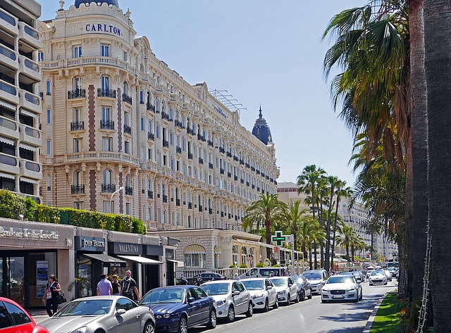 Cannes and its Countryside in a Full-Day Tour
