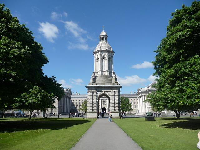 Dublin Highlights Full-Day Tour