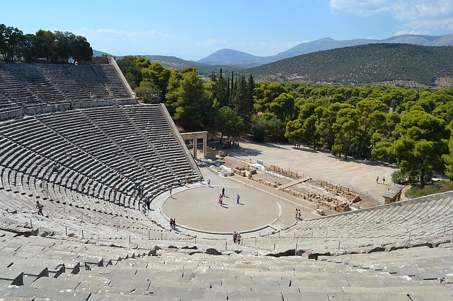 Epidaurus and Napflio Highlights in a Day