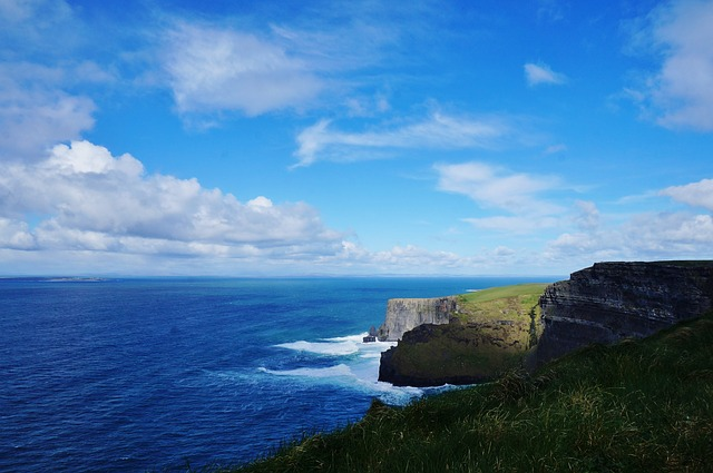 Cliffs of Moher and Burren Day Trip