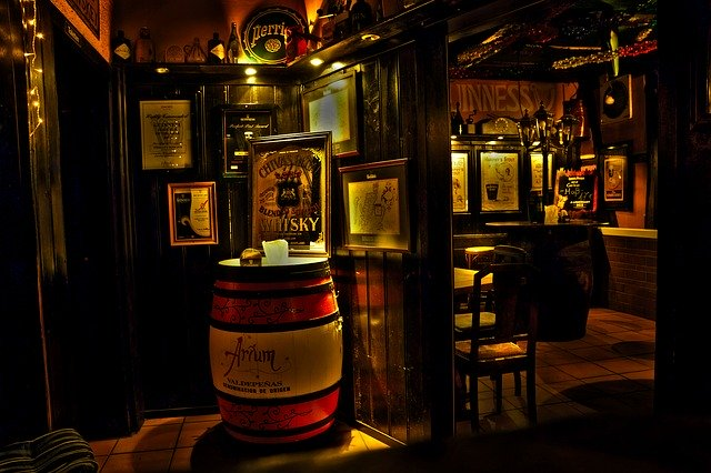 Different Irish Whiskey Styles Tasting Tour