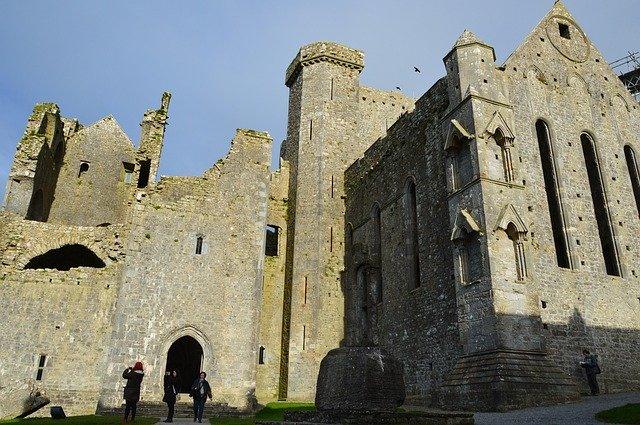 Rock of Cashel & Kilkenny Day Trip