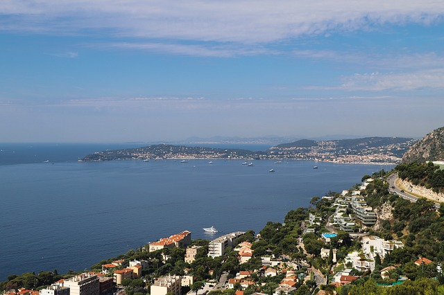 French Riviera Day Trip: Cannes, Antibes, Nice, Eze, Monaco and Montecarlo