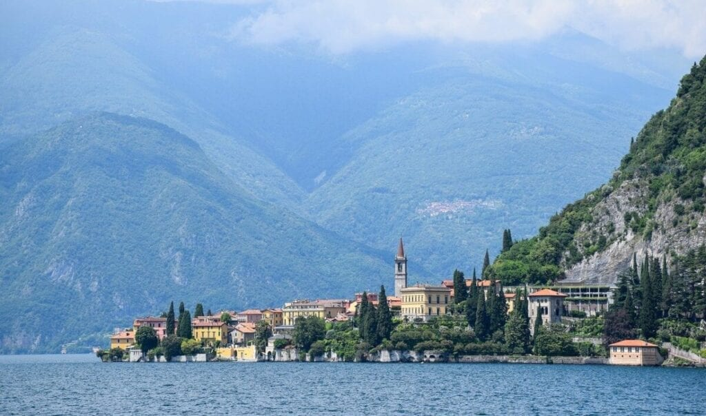 Lake Como Boat Ride Tour