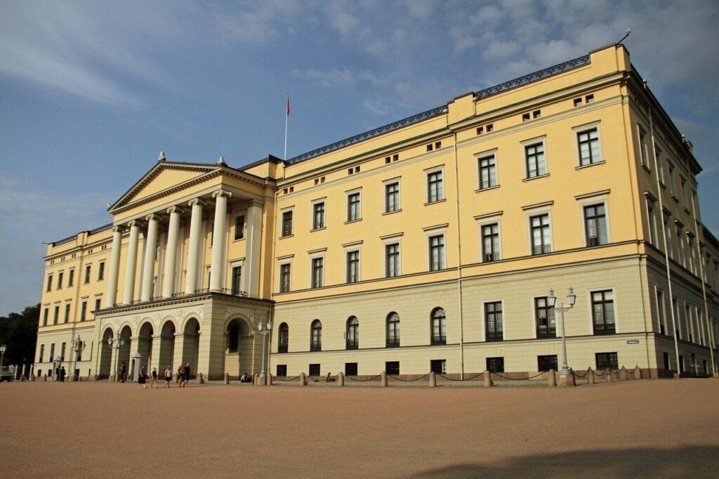 Oslo Highlights Half-Day Walking Tour